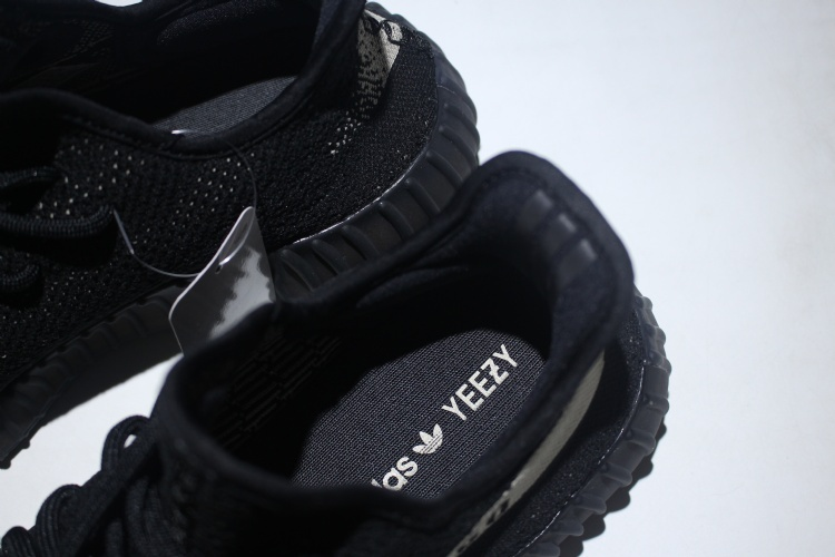 wholesale dealer 9a167 a1fab Adidas Yeezy Boost 350 V2 Core Black White BY1604 size 14 IN ...