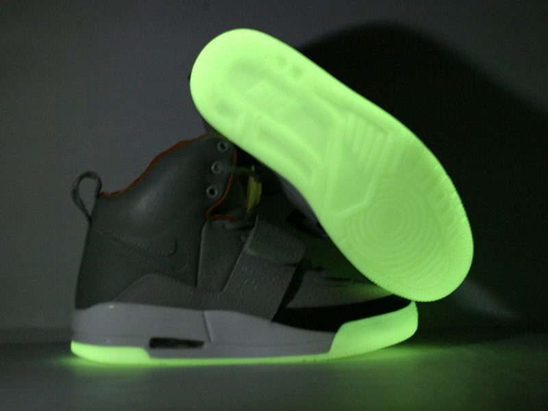Air Yeezy zen grey/light charcoal No Y print in the toe - Click Image to Close