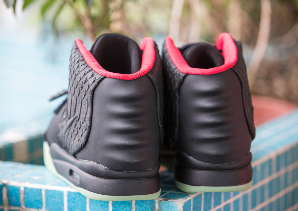 Super Perfect Air Yeezy 2 Black Solar Red