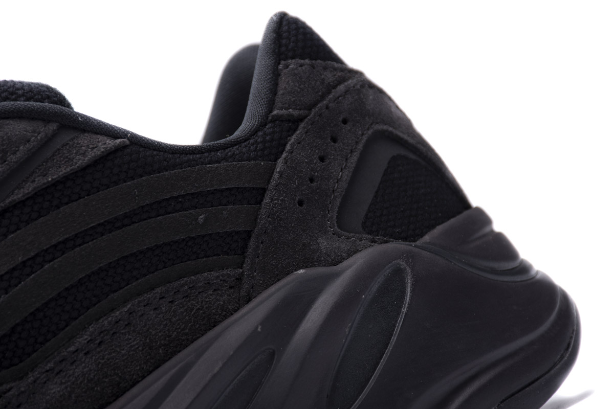 Yeezy Boost 700 V2 'Vanta' FU6684 - Click Image to Close